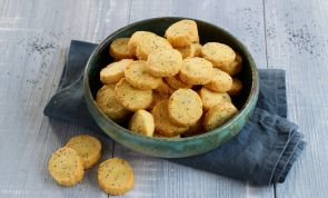 These Savory Parmesan Cookies are the Perfect Holiday Snack
