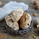Nutty No-Knead Bread Rolls Perfect for Christmas Dinner