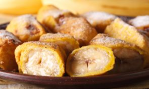Ripe Banana Fritters, a Super Easy and Delicious Dessert