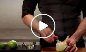 VIDEO: Caipiriña Cocktail
