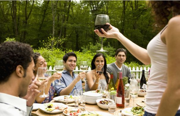 Wine etiquette 101: What to bring when you're attending and what to serve when you're the host