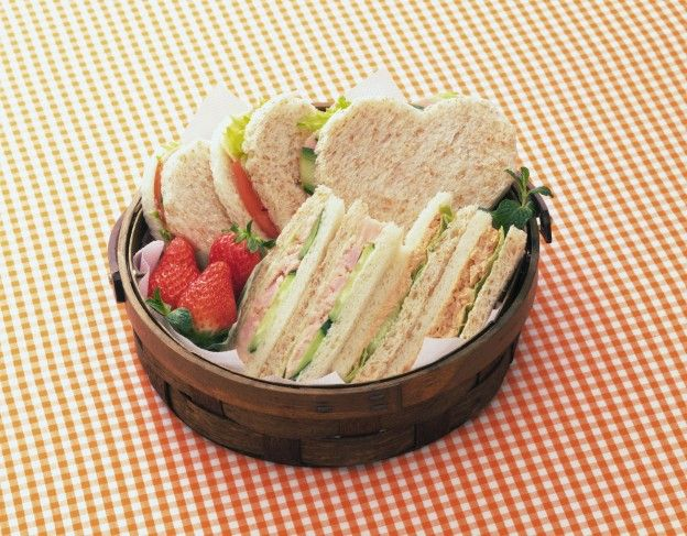 Restaurant-style: Fast club sandwich