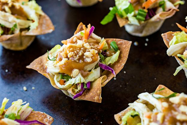 Thai Chicken Salad Wonton Cups with Peanut Sauce Dressing