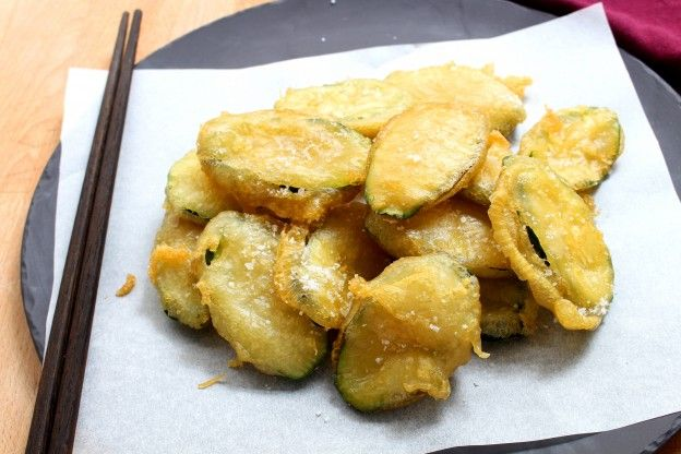 the zucchini dish you haven 39 t tried japanese zucchini tempura. Black Bedroom Furniture Sets. Home Design Ideas