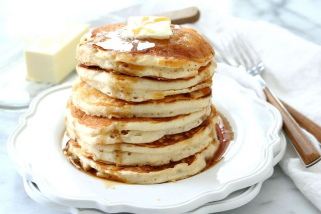 Fluffy Champagne Pancakes