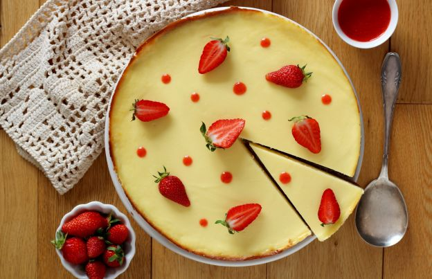 NY Cheesecake with Strawberry Coulis