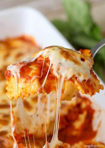 Easy Cheesy Baked Ravioli