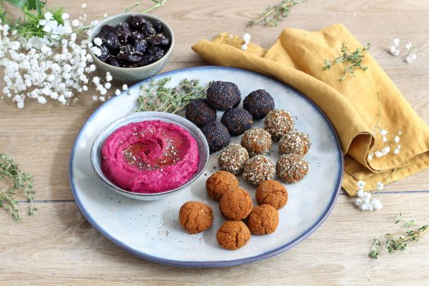 Falafel Trio and Beetroot Hummus Plate