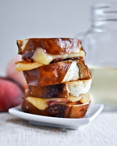 Peach bacon and gouda grilled cheese sliders