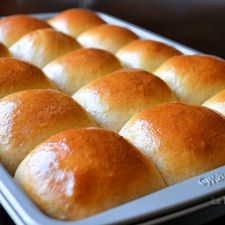 Copycat King's Hawaiian Rolls
