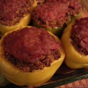 Stuff Peppers with Ground Beef and Rice