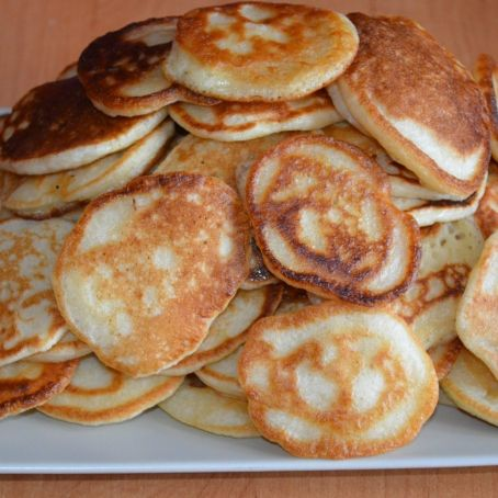 Lush pancakes without eggs (fried in a little oil)