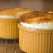 Souffle from cheese in the microwave