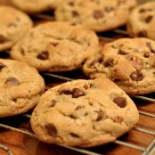 Peanut Butter or Chocolate Chip Cookies