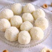 3-Ingredient Coconut Balls