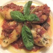 Stuffed Jumbo Shells with Cremini Mushrooms
