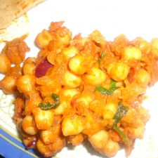 Channa masala (Garbanzo beans)