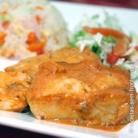 Fish in pineapple and tomato sauce recipe 4 5 for Pineapple sauce for fish
