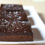 Dark chocolate fudge brownies with orange liqueur ganache: Recipe HERE