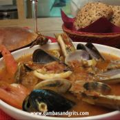 Cioppino (Hearty Seafood Stew)