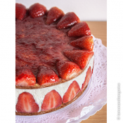 Strawberry Layer Cake with Cream