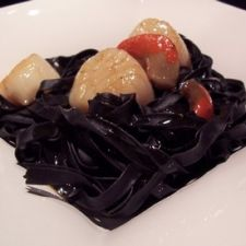 Scallop and Squid ink tagliatelle with Vermouth Sauce