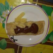 Filo Wrapped Bananas with Chocolate Sauce