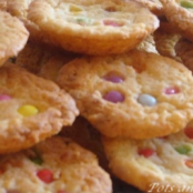 White chocolate cookies with Smarties