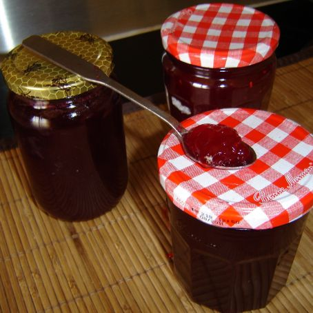 Raspberry and Currant Jam