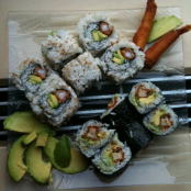 California maki tempura shrimp and avocado