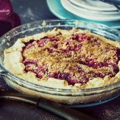 Rustic Pie with Beets, Apples and Plums