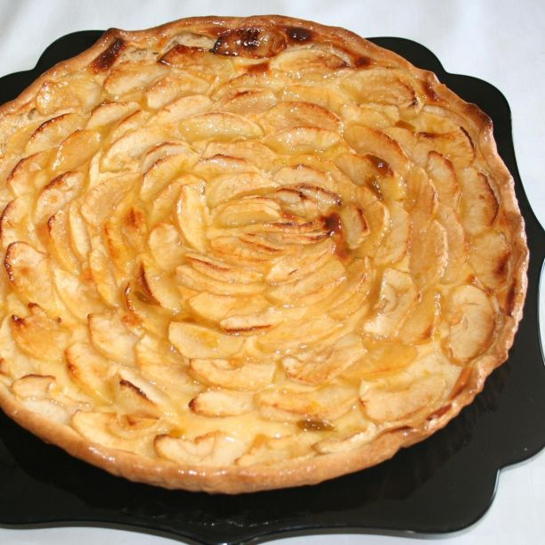 Puff pastry apple or pear tart recipe 3 8 5 for Apple pear recipes easy