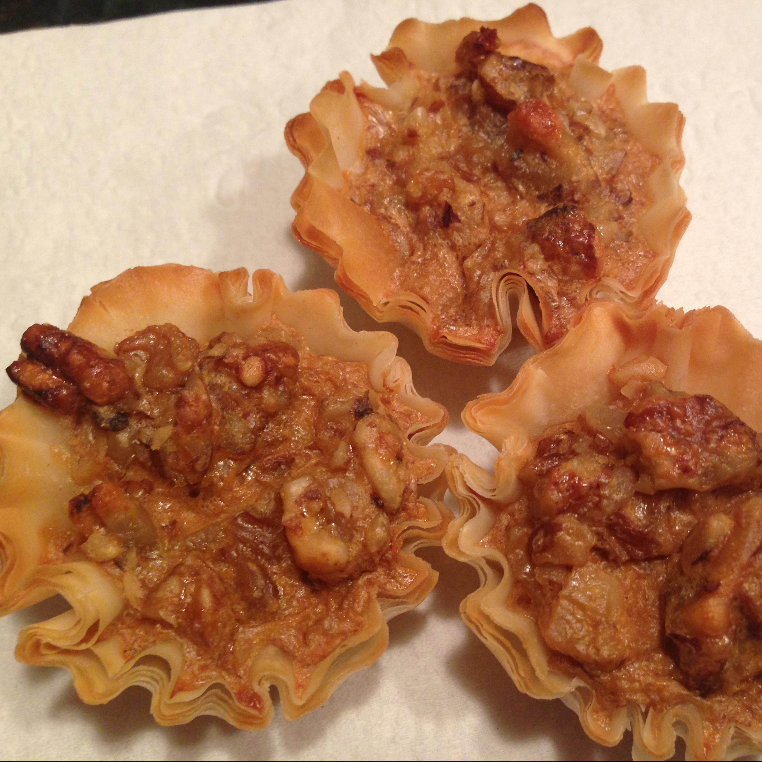 Mini Pecan Phyllo Tarts Recipe - (2.9/5)