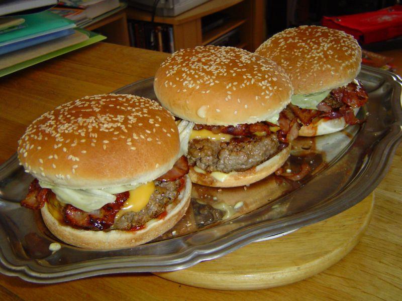 Yum burger Recipe - (3.2/5)